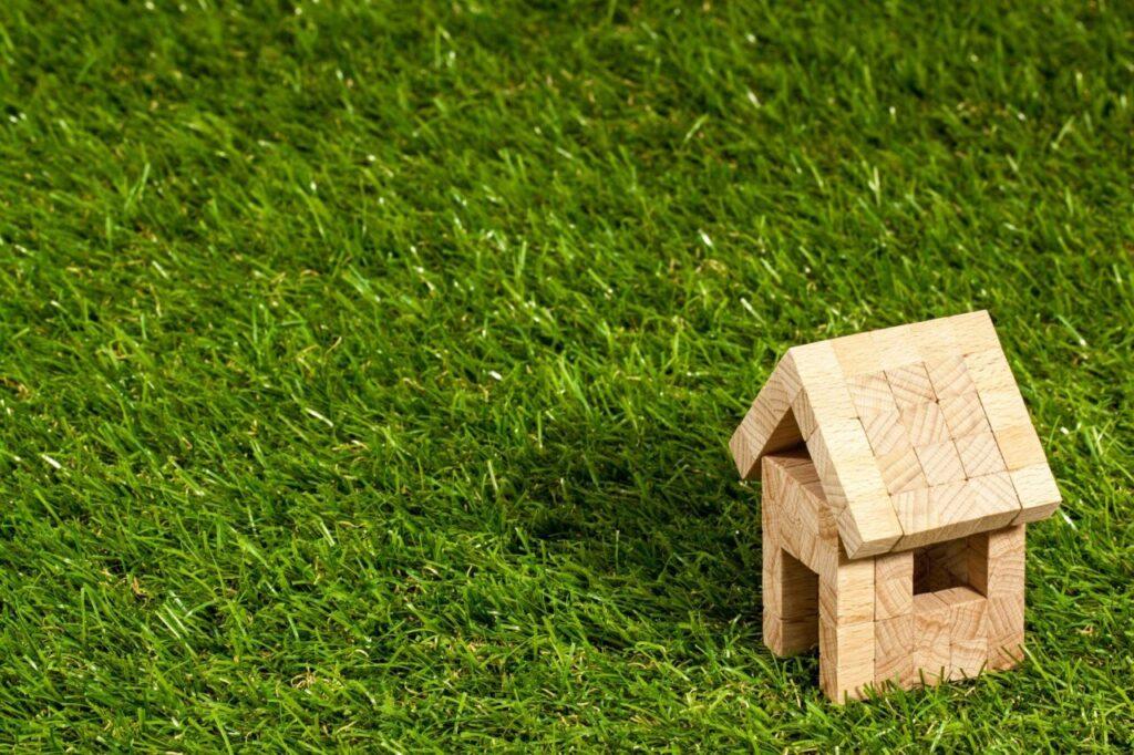 miniatur-rumah-Cara-Nego-Beli-Rumah